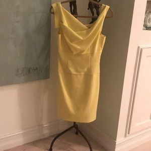 💛🔥Yellow Black Halo dress. Size 4